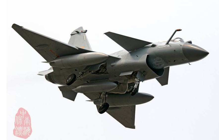 J-10C fighter with formal military coating appears | China ...