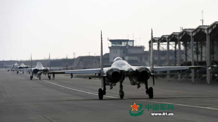 J-11 fighter with taihang engine 9